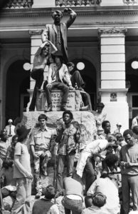 antiwar-statue