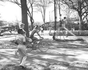 In this Where's Waldo scene, try to count the totally happy people in this photo taken on a Sunday afternoon in Piedmont Park in 1971.